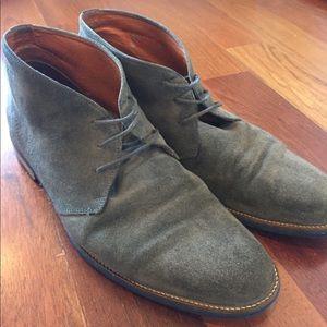 Van Lier gray suede chukka boots